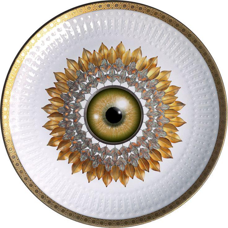 Sunflower - Vintage Porcelain plate - #0517 by ArtefactoStore on Etsy
