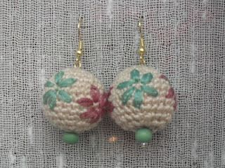 Il filo chiaro...: Crochet: collana, orecchini e stella natalizia
