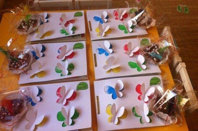 Tapas álbumes escolares de mariposas. Portada infantil con mariposas