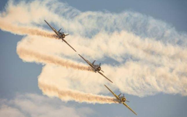 Show aviatic deasupra Lacului Morii. Intrarea este liberă la eveniment