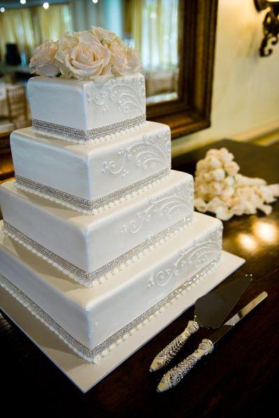 wedding-cake-white.jpg 399×598 pixels