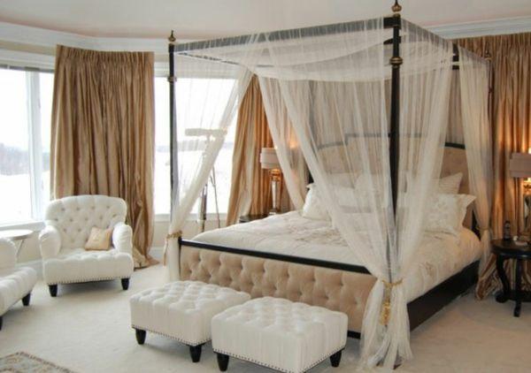 #excll #дизайнинтерьера #решения Если размер вашей спальни позволяет выбрать классическу кровать на резных деревянных опорах и вы являетесь почитателем классического стиля, то можете смело останавливать свой выбор на этом варианте.