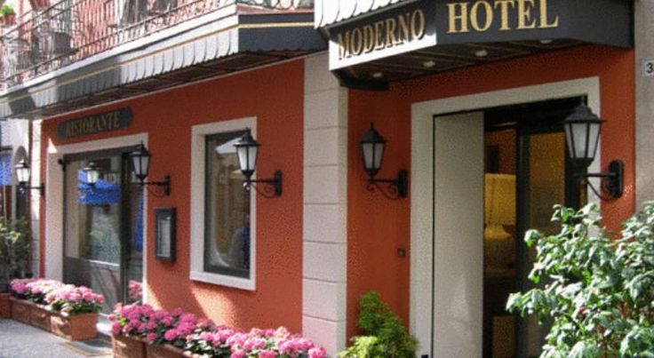 Hotel Moderno Stresa Hotel Moderno is located on a quiet pedestrian area in the town of Stresa. It features an inner courtyard where candlelit dinners are served.  The rooms at the Moderno Hotel are air conditioned and soundproofed with en suite bathroom and satellite...