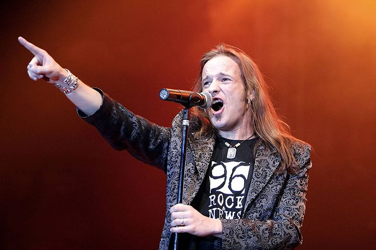 Tobias Sammet - Edguy - Rock for Asia 2005 by Klaus Weis
