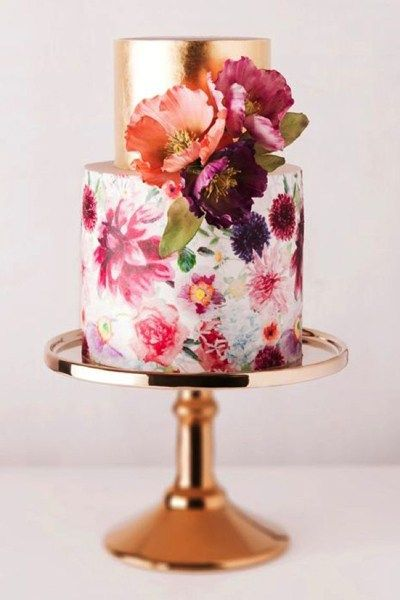 2015 brings some sugary sweet wedding cake trends that we just can't get enough of. Creative and cool, we're sure there will be something to your taste!