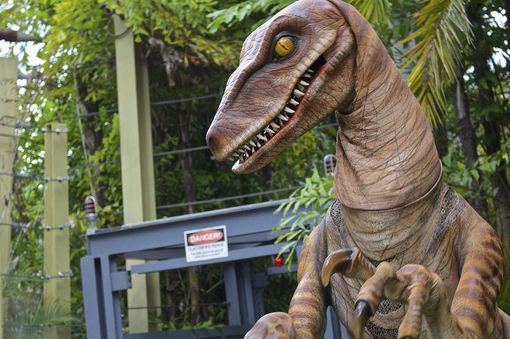 SATURDAY SIX: Six Reasons We Love JURASSIC PARK at the Universal Orlando Resort