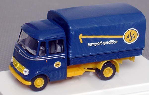 Mercedes Transporter/RTW 1/87