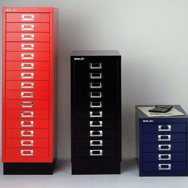 Металлическая мебель Nobilis,Valberg, Практик #Металлическая_мебель #Металлические_Шкафы #абонентские_шкафы (#ячейки), #шкафы_кассира #бухгалтерские_шкафы #медицинские_шкафы #многоящичные_шкафы #шкафы_для_офиса #шкафы_для_раздевалок #картотеки больших форматов #картотечные_шкафы #огнестойкие_картотеки #справочные_картотеки #тумбы_мобильные #Металлическая_ мебель_Nobilis #Металлическая_ мебель_Valberg #Металлическая_ мебель_Практик Полный ассортимент здесь: http://avkons.ru