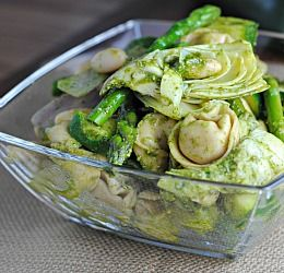 Spring Pesto Tortellini Salad         #recipe  #juliesoissons