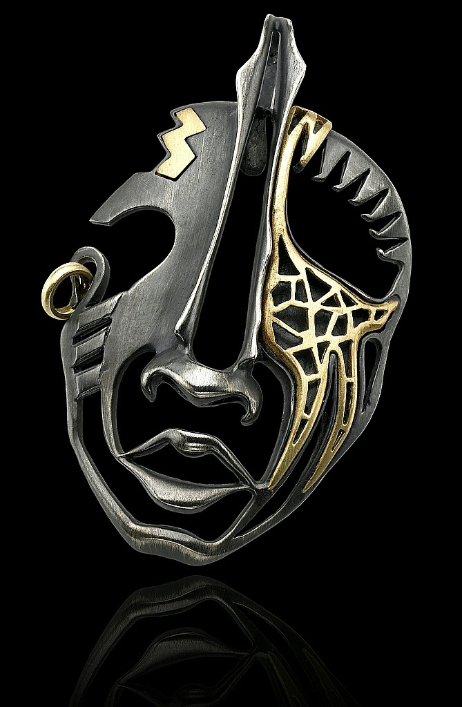 "Alishan Jewelry Designs | Pendant/Brooch, ""Kau mask"",  18k gold, patina sterling silver"