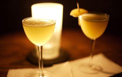 Liquore di miele - Chi apprezza i liquori dolci, troverà squisito questo al miele. Vi consiglio di servirlo a fine pasto, con  biscotti secchi speziati, oppure come ottima idea regalo per le feste natalizie.