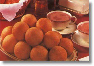 Colombian buñuelos...yum!