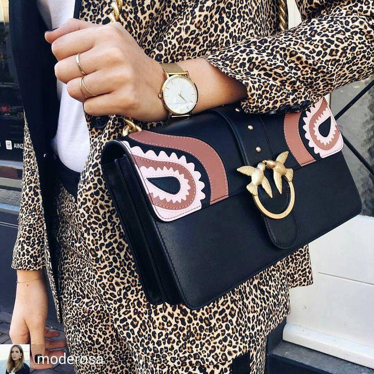 Le nouveau it bag des influenceuses est le Pinko Love Bag !