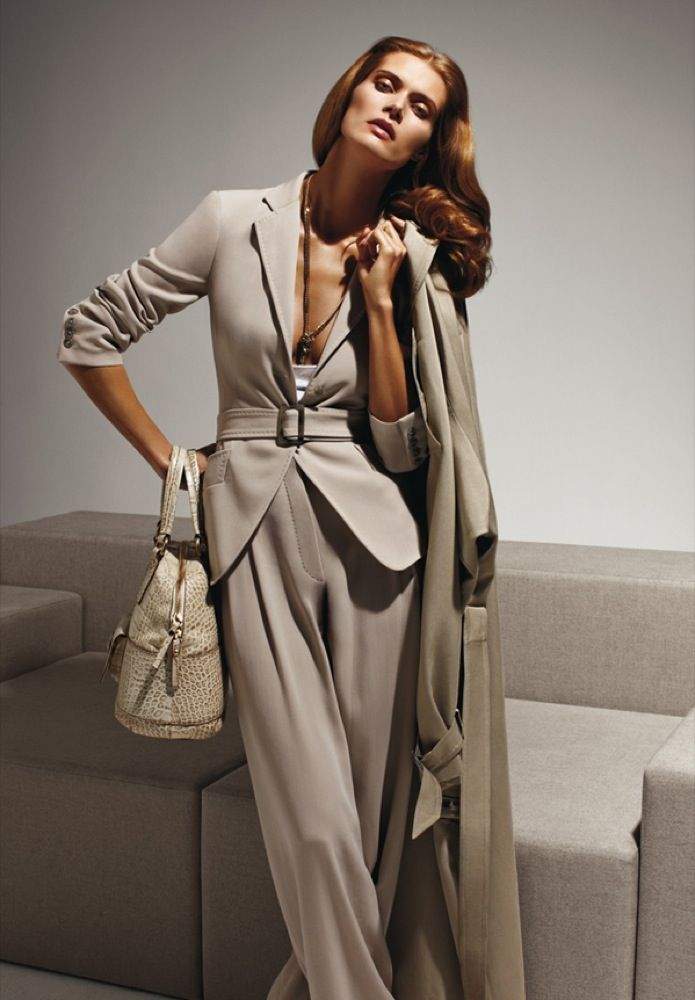 Max Mara S/S 2010 ad campaign / Photos by Mario Sorrenti, model Malgosia Bela
