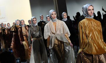 This Gorgeous Fashion Show Featured Immigrant Models In Hijabs