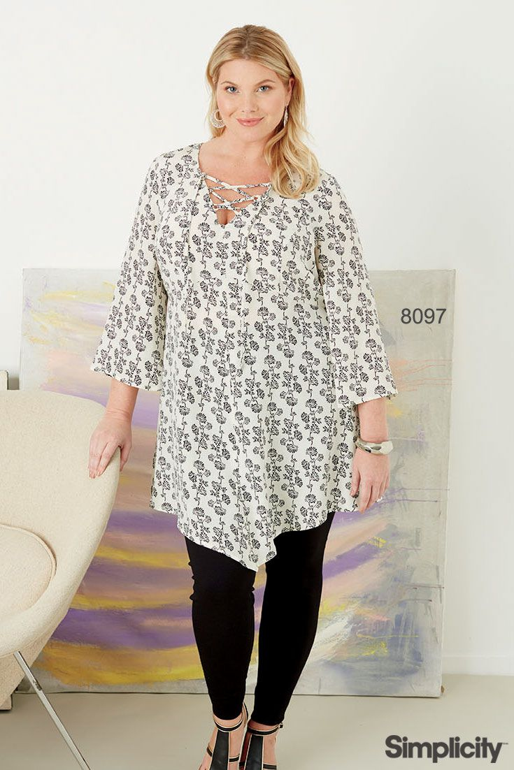 A flattering asymmetric tunic exclusively for plus size! Sew the look with Simplicity pattern 8097.