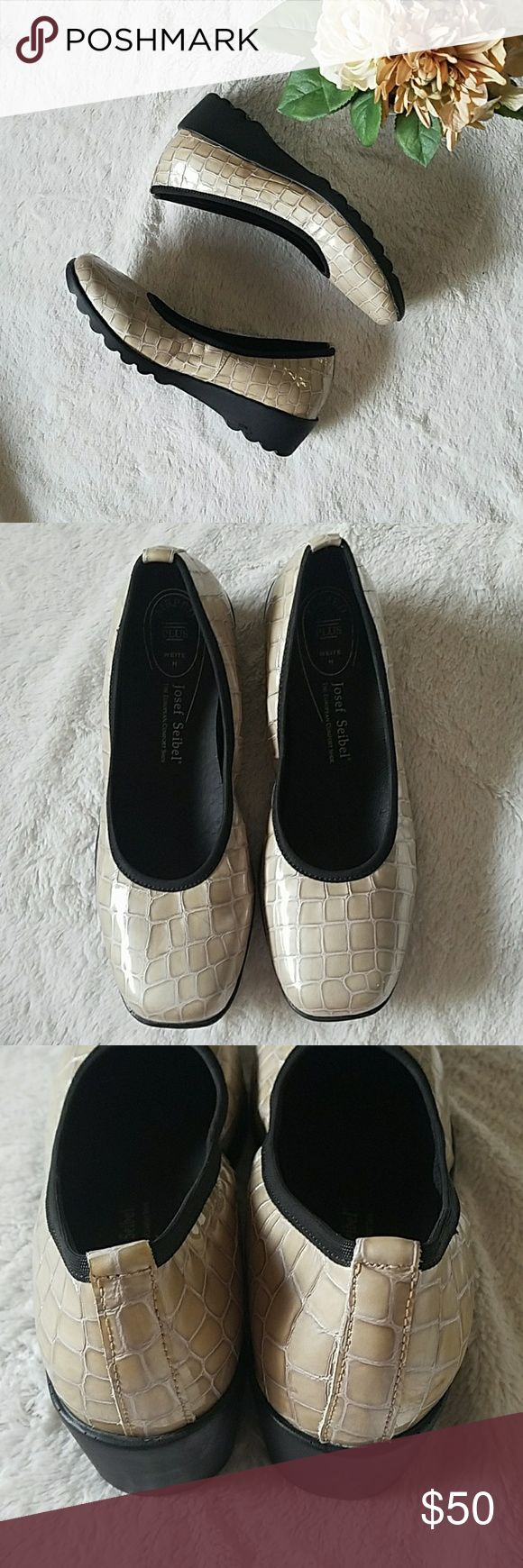 Josef Seibel patent alligator print flats These are in excellent used condition with little to no signs of wear. Only worn a handful of times! Patent leather  Size 8 (38) Josef Seibel Shoes Flats & Loafers