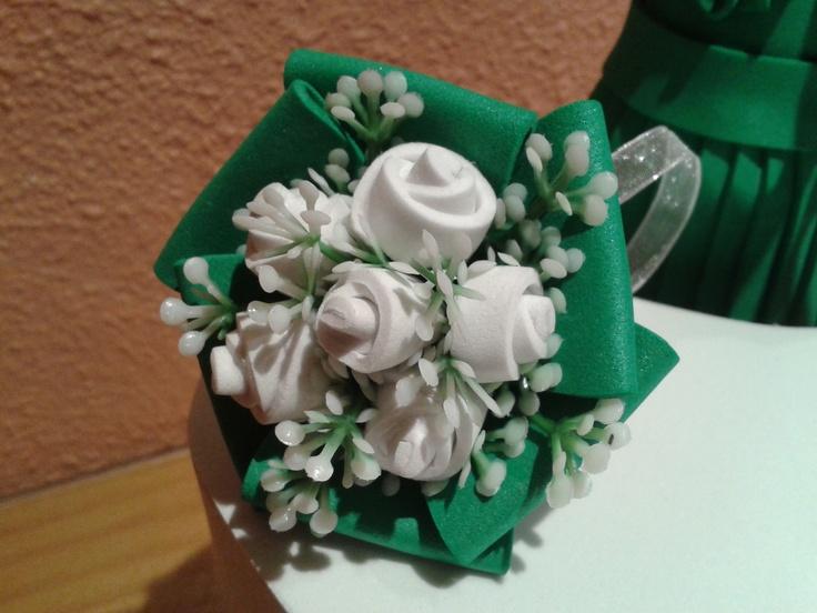 Ramo de rosas blancas para la novia complementos - Como secar un ramo de rosas ...