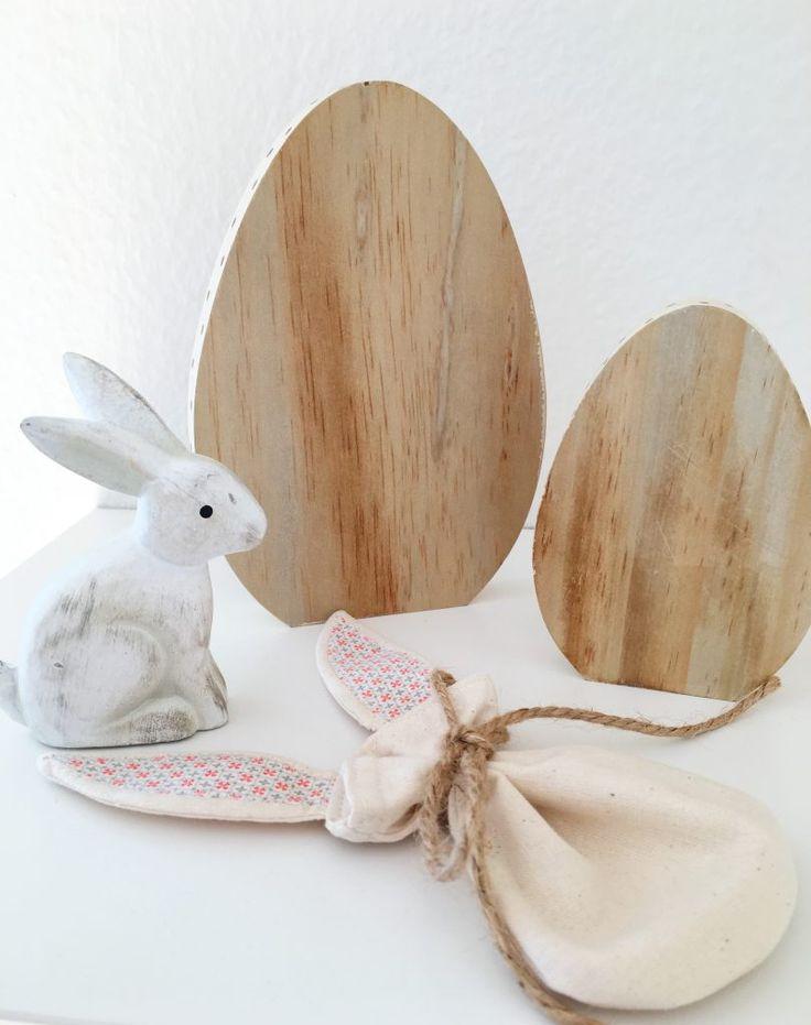 kleine handgemachte Hasentäschchen für Ostern, die das Nest ergänzen <3 #Ostern #Easter #easterbunny #bunnyears #smallcraft #craft #quicksewingproject