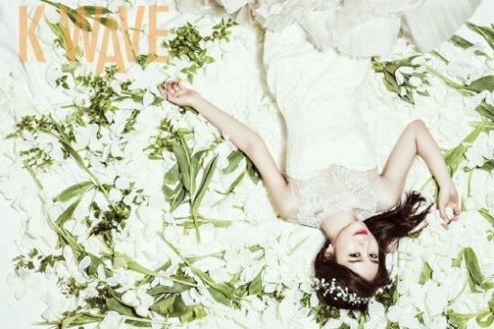 K-DRAMA FOREVER: Yoo In Na shows two unlike charms in pictorial with 'K-Wave'