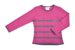 Camiseta para niña, en color fuchsia y animal print en gris.
