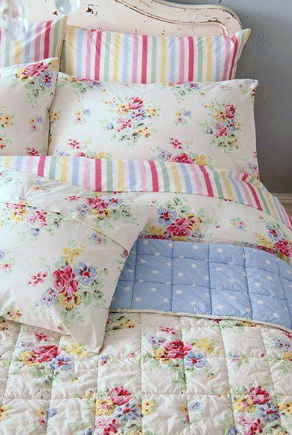 I <3 Cath Kidston's 'Floral Spray' Bedding - have it all myself. Classic British design.