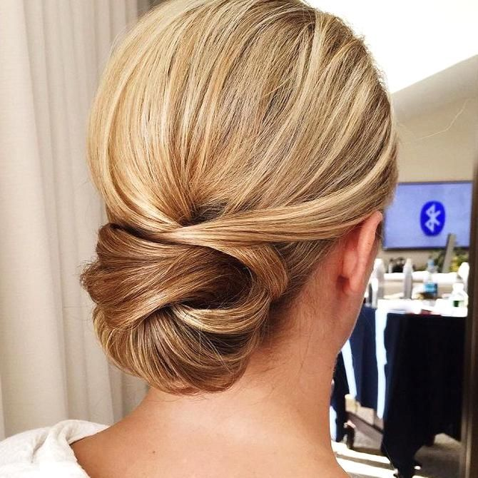 Get Inspired By This Fabulous Simple Low Bun Wedding Hairstyle Beautiful Wedding Hairstyle Get Inspired By Fa Hair Styles Long Hair Styles Sleek Wedding Updo