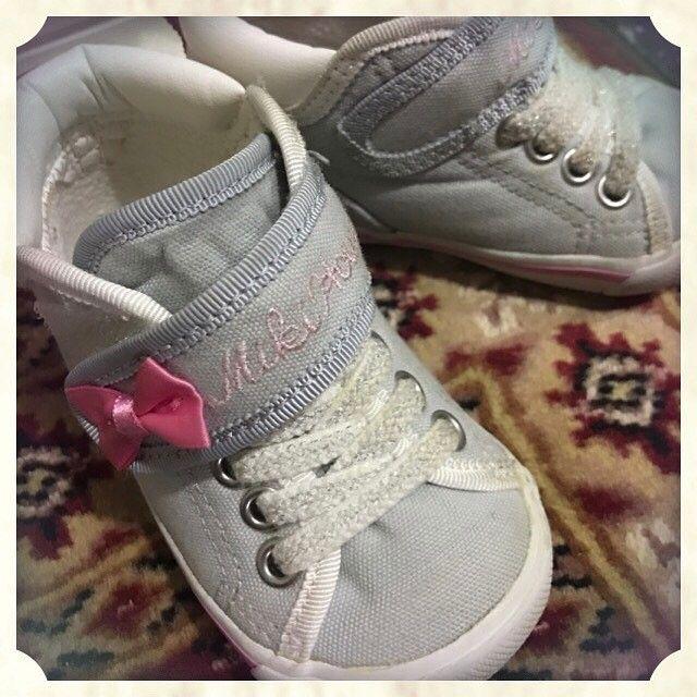 【saya.009】さんのInstagramをピンしています。 《昨日買った娘の靴😊 今日履いたら…そっこう汚れた😅 しょーがないよね😭 これからどんどん汚せ💪💪💪 暖かいな💖💖💖 . . :::::::::::::::::::: もっと自由に働きたい❤️ プラス@に収入が欲しい⭐️ 今の生活を変えたい👑 ・ スマホ一つで 誰でも出来て簡単に収入を得れます💖💚💜 チームでやるから1人じゃない💑 お問い合わせはこちらまで🤗🤗 LINE 【@owh8630r】 @忘れずに! :::::::::::::::::::: . . #フォロー#フォロバ#フォローミー#アフィリエイト#転売#ビジネス#セミナー#スマホ#副業#ネット#ネットビジネス#仕事#脱サラ#f4f #l4l #就職#仕事#起業家#事業#ゲーム#桜 #ミキハウス #春一番 #いちご #新生活#梅》