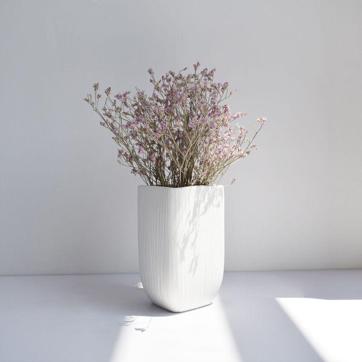 Matte White Porcelain Vase 100%creamic Mid Century Matte White Porcelain Vase Modern Home Decor