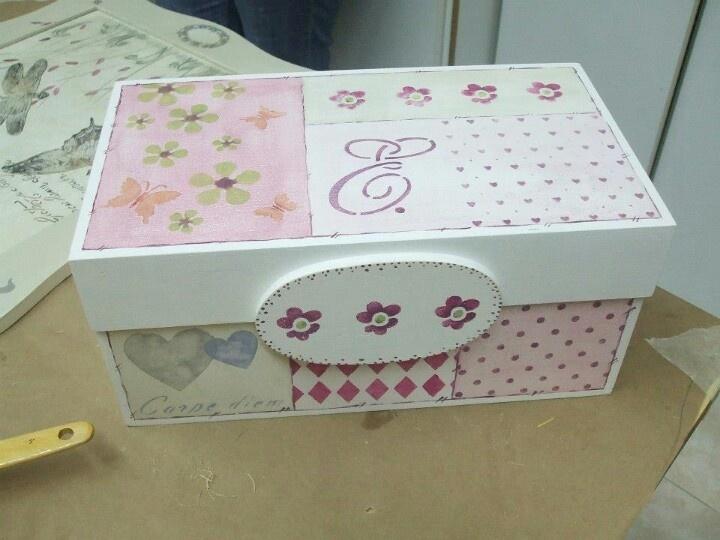 Mejores 209 im genes de cajas decoradas en pinterest - Cajas de madera decorativas ...