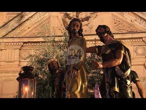 2016 | PROCESIONES DE SEMANA SANTA | SALAMANCA, ESPAÑA  Semana Santa 2016 | Procesión de la Seráfica Hermandad - YouTube (SALAMANCA 24 HORAS TV - 24 MAR 2016 - /IPITIMES en PINTEREST)