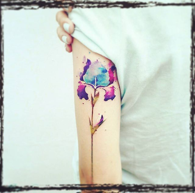 a delicious #watercolour #iris #tattoo by #Russian artist Pis Saro, #Russia…