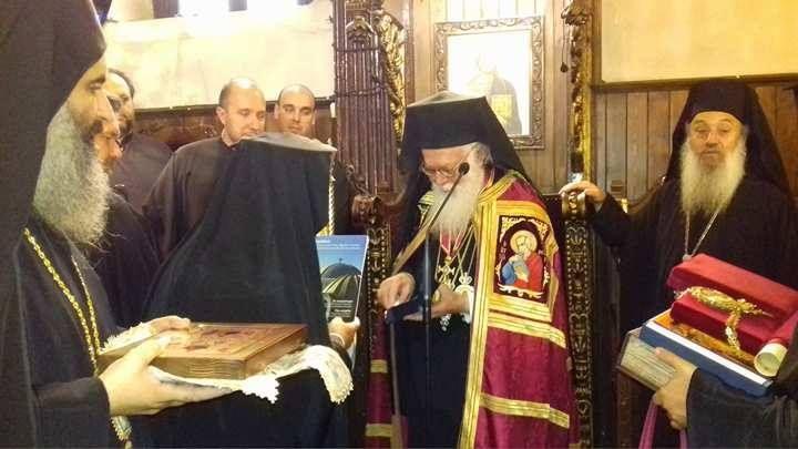 Πρέβεζα : Με την Ανώτατη Διάκριση, τον Σταυρό του Απόστολου Παύλου, τιμήθηκε ο Αρχιεπίσκοπος κ. Αναστάσιος