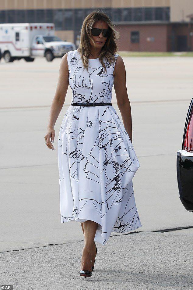 Social Media Mocks First Lady Melania Trumps 2400 Alexander Mcqueen Dress Melania Trump Dress Trump Fashion Beautiful Dress Designs