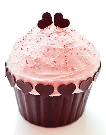 What could be better than a cupcake? Answer: A giant cupcake!!