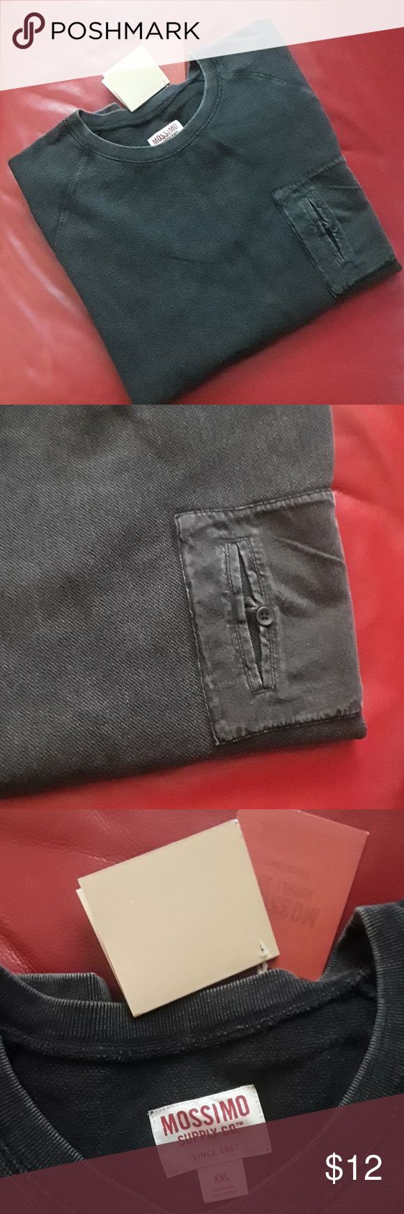 Mossimo Supply CO. Sweater (men's) Mossimo Supply CO. Sweater (men's),100%cotton, color gray, long sleeves, pocket on front Mossimo Supply Co Sweaters Crewneck