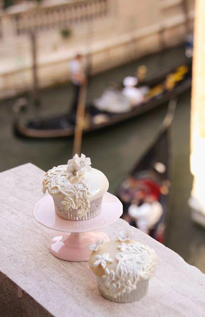 Cakes Haute Couture - Il Blog di Patricia Arribálzaga: Un ballo in maschera - Ricetta fondente e Gum Paste