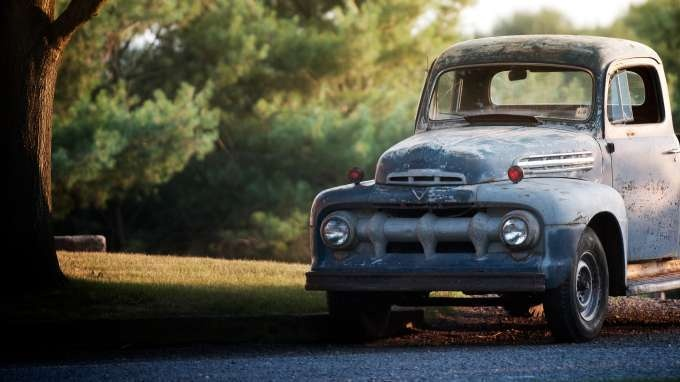 192 best old pickup trucks images on pinterest old for Garage ford moselle