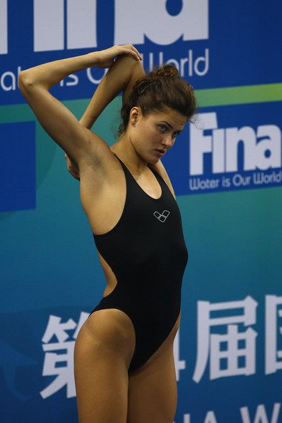 The Top 5 Olympic Pre Swimming Stretches