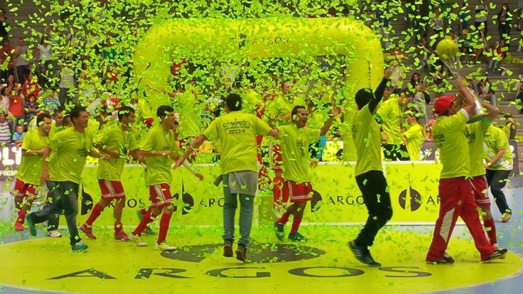 La celebración y la pasión desbordada del campeón. El Fútbol Revolucionado brilló en pleno.