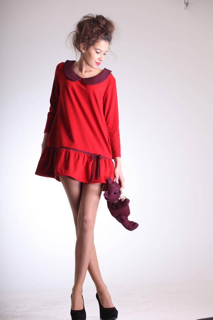 Red. (Elena Mazare)