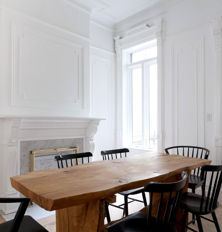 The Perfect Creamy White Walls With Traditional French Crown Moulding