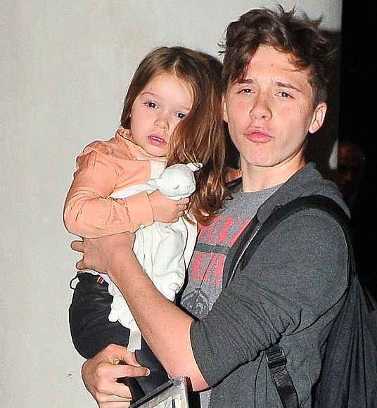 Brooklyn Beckham: Best Big Brother - YouTube