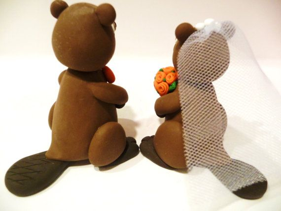 Beaver Wedding Cake Topper Choose Your Colors by topofthecake