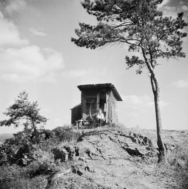 A photograph of Tove Jansson on Klovharu Island taken by her brother Per Olov Jansson in the 1930s