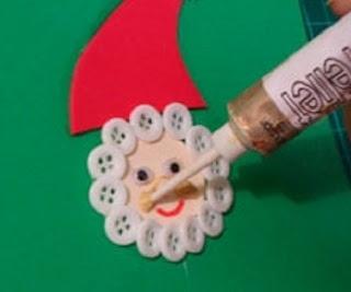 Econotas.com: 10 ideas más para Decorar tu Casa en Navidad, Botones Reciclados, Decoración Ecológica