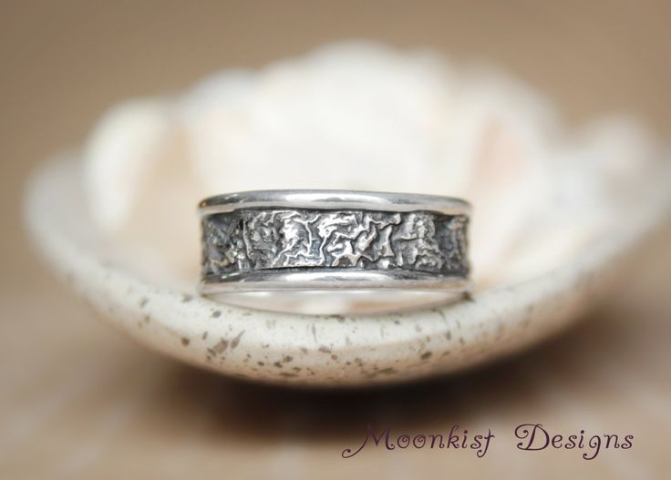 Trendy Reticulated Silver Unisex Commitment Wedding Band Unique Rustic Engagement Band