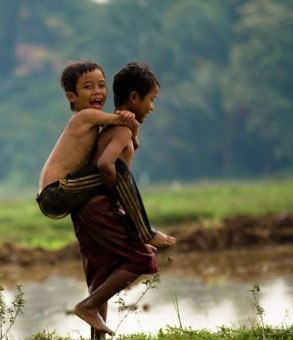 Sumantri Hadi Suseno: Carry me over