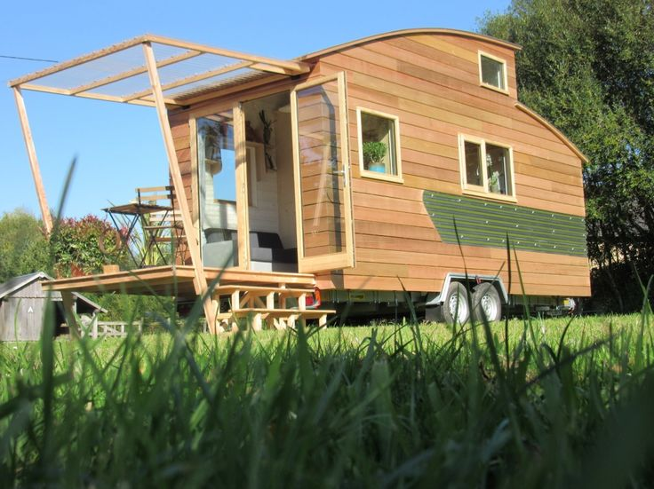25 best ideas about tiny house france on pinterest tiny for Maison temoin