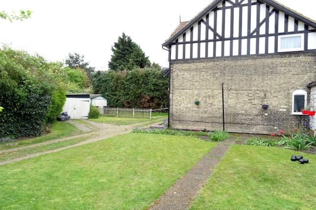 2 bed cottage for sale in Crown Street, Needham Market, Ipswich IP6 -              £200,000                        Offers over